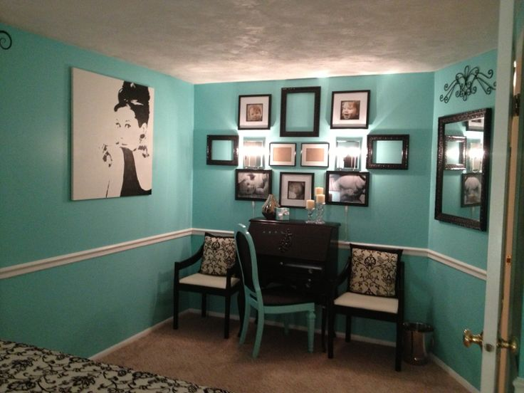 best 20 tiffany inspired bedroom ideas on pinterest teal girls bedrooms mint blue room and. Black Bedroom Furniture Sets. Home Design Ideas