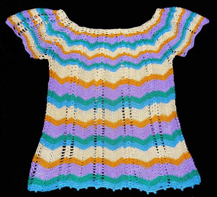 Blusa tejida a crochet en hilos Textil Amazonas en colores blanco crudo, lila, amarillo mostaza, turquesa y verde, talla M