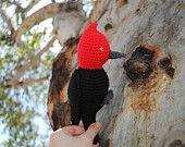 Male Magellanic Woodpecker Amigurumi. Bird amigurumi, crochet stuffed animal, chilean fauna, birder, birdwatching