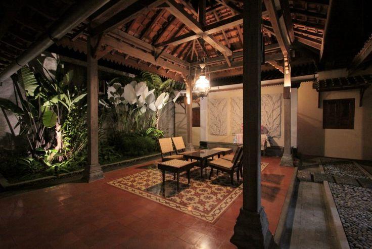 Tegel Kunci, Ubin Cap Kunci, Cement Tile, , Yogyakarta, Indonesia, | Tegel Kunci#NDALEM SABRANG LOR, MUNTILAN, JAWA TENGAH