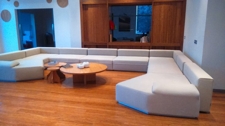 Upholstery Cleaning Services in Dubai (Sofa & Carpet Shampoo)