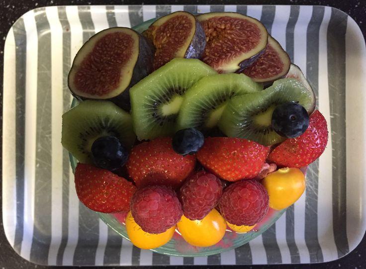Muesli / chai / lijnzaad / pecannoten / wortel / bietjes / fruit breakfast