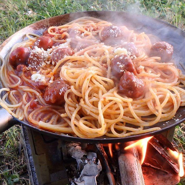 """誰もが一度は「食べてみたい!」と願ったであろう""""ジブリ作品に出てくる料理""""。それらを再現したお料理が#ジブリ飯@インスタグラムに大集合しています。そんな中、再現度の高いジブリ愛あふれる作品を集めてみました。貴女も参考にしてみてはいかが?"""