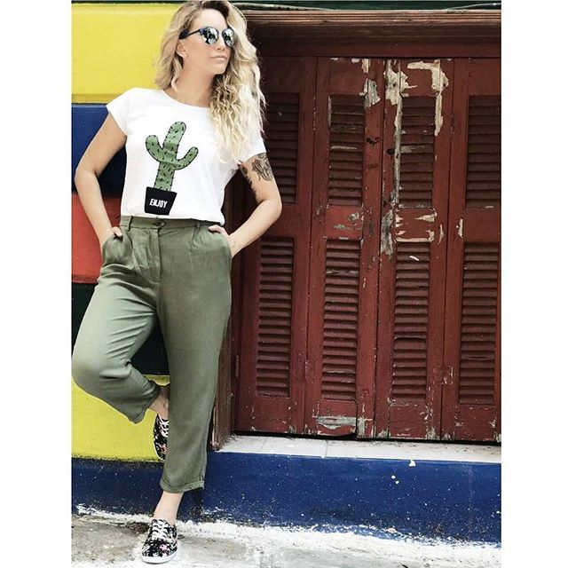 On Mondays all you need is some loose fit clothes ☀️ #ootd #graphictshirt #loosefitpants #enjoy #newweek #helmistyle