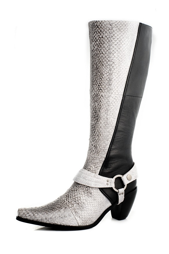 #boots made of fish leather (salmon) | Design by Maria Magnus shoes