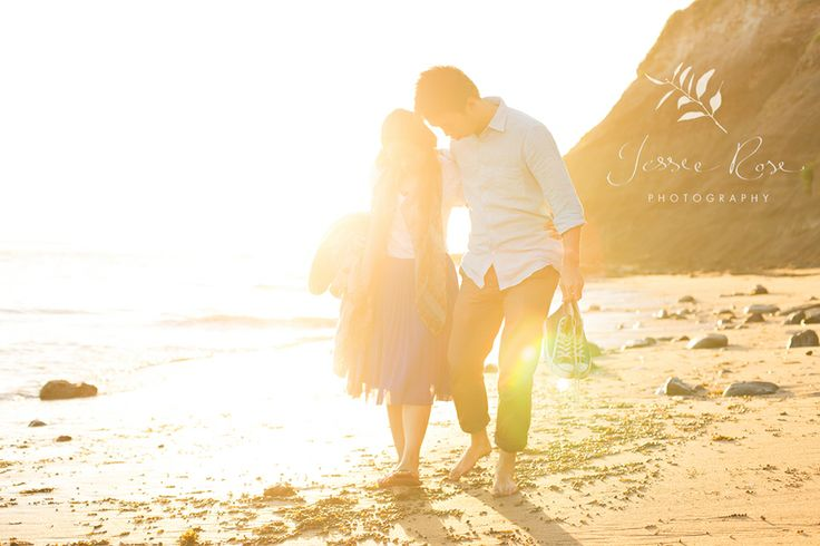 Sunrise Engagement Session with Dion & Vidi @ Jessie Rose Photography #magiclight #goldenhour #esession #engagementsession #beach #sunrise #love