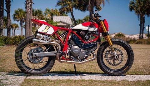 Exuberante Ducati Flat Tracker by Bryan Fuller 🏁 MASADA.com.br