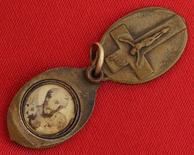 Vintage Antique French SAINT JOSEPH JESUS Photo Slider Medal IN CASE OF ACCIDENT