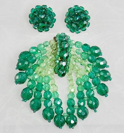 Vintage Coppola e Toppo Green Crystal Set~ March Jewel of the Month!Crystals Sets, Green Crystals, Jewelry Inspiration, Jewellery Diy, Amazing Adornment, Vintage, Coppola, Costumes Jewelry, Jewels