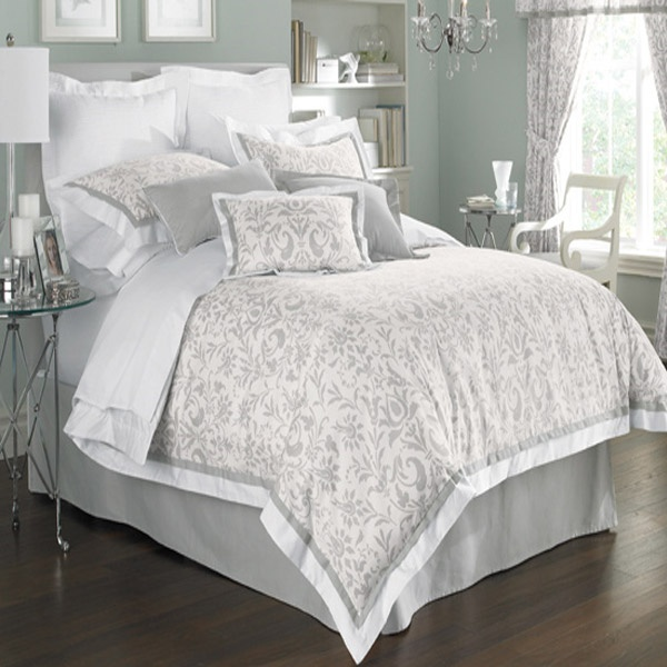 gray white comforter set home styling pinterest purple guest rooms and dark purple walls. Black Bedroom Furniture Sets. Home Design Ideas