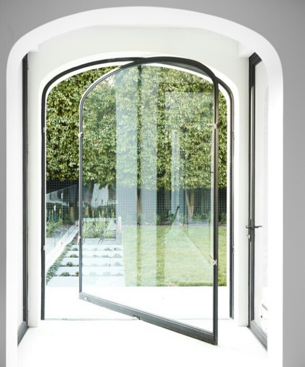 Revolving door & 23 best revolving doors images on Pinterest | Front doors Portal ... Pezcame.Com