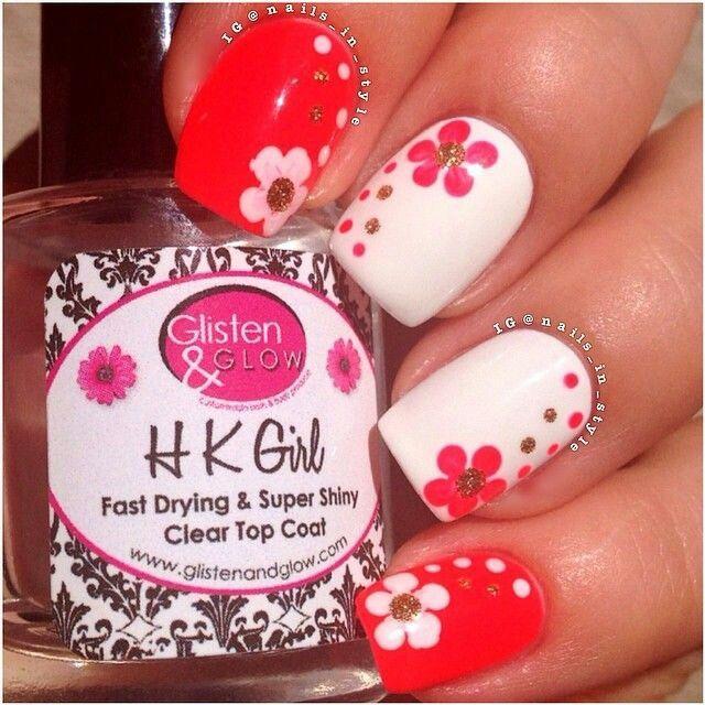 Lindo diseño de uñas