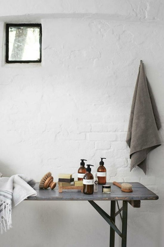 witte-bakstenen-muur-badkamer