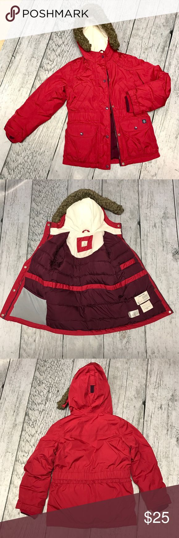Lands End kids winter coat size 7-8 (girls) pink Lands End kids winter coat size 7-8 (girls) pink. Excellent condition, no stains or rips. Very warm coat and Lands End are the best IMO. No trades and price is firm. Lands' End Jackets & Coats Puffers