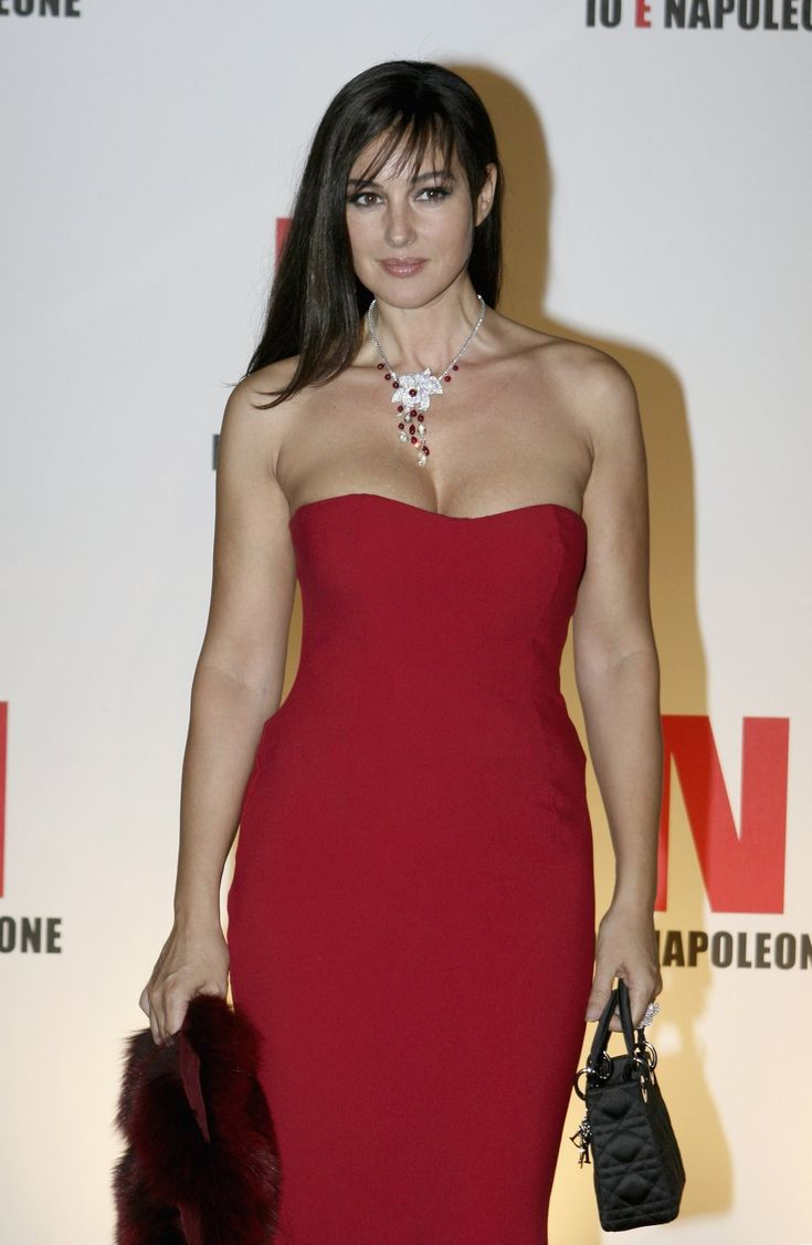 monica bellucci in sexy clothing