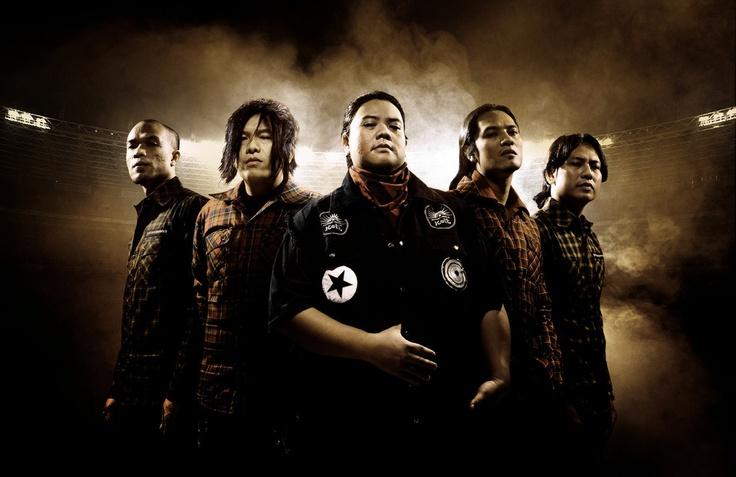 """""""KoiL""""   (Rock Band from Bandung)"""