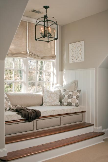 Best 25+ Window seats ideas on Pinterest   Window seats bedroom, Window  benches and Window seat storage