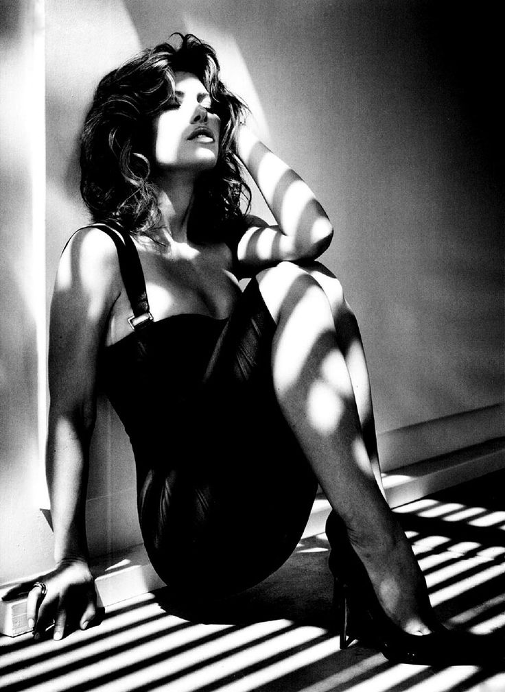 Jessica Biel (GQ UK) - Photoshoot by Vincent Peters