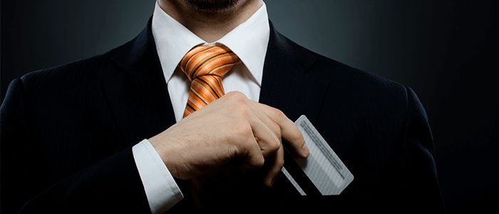 Hvordan tjener kredittkortselskapene penger?