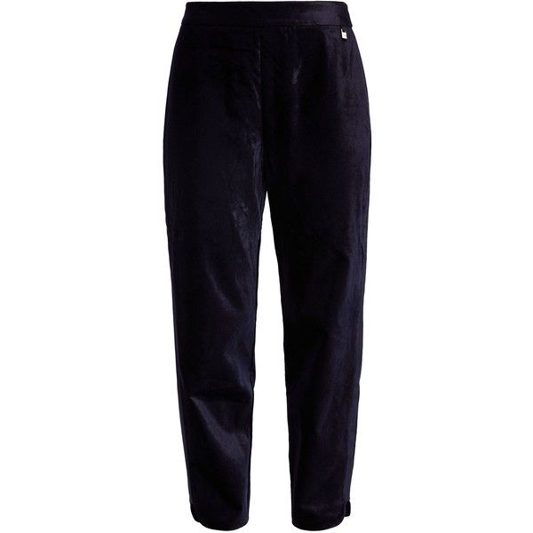 Ted Baker Jodee Curved Hem Velvet Joggers ($160) ❤ liked on Polyvore featuring activewear, activewear pants, women trousers and ted baker