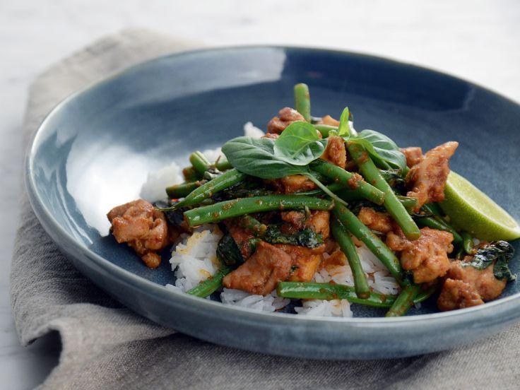 Gai Pad Prik - het thailändsk kycklingwok | Recept från Köket.se