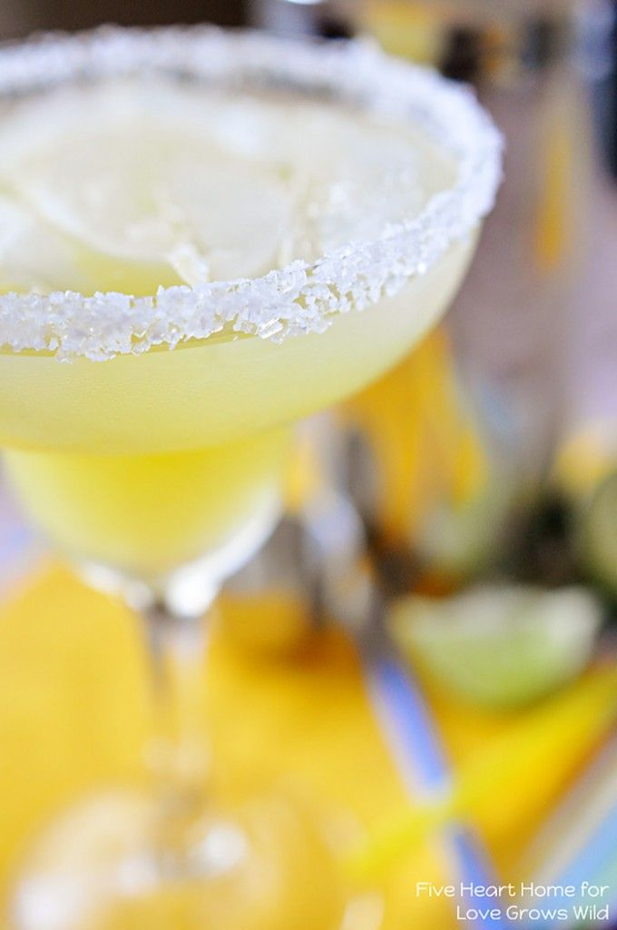 Fresh Pineapple Margaritas Recipe ~ made with fresh lime juice and pineapple purée!