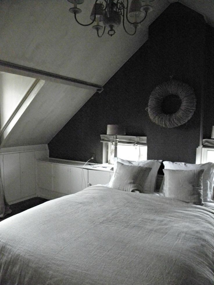 Slaapkamer. frescokalkverfpureoriginal,belgianbiscuitenmud.jpg
