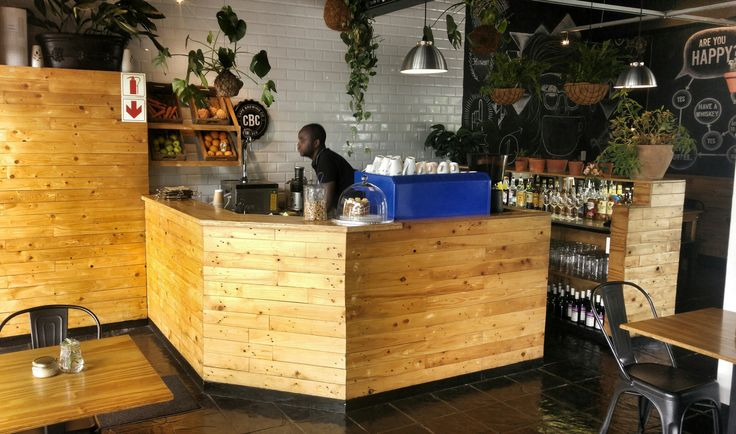BB Designs' first Counter in 2013. Pine Pallet Cladding