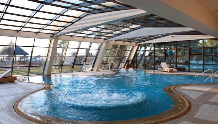 Χριστούγεννα στο 5* Porto Carras Grand Resort Meliton, στην Χαλκιδική μόνο με 498€!