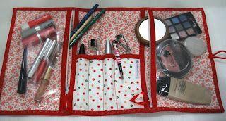 Ateliê Cah Falcão: Porta Maquiagem/ Makeup bag {DIY Tutorial}