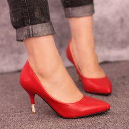 Zapatos rojos de tacón bajo atractivo en Línea-El nuevo diamante con tacones bajos sexy con una multa con escoge los zapatos de las mujeres de poca profundidad estuario zapatos rojos zapatos de la boda de las mareas