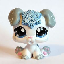 Christmas Snow Puppy (Piaslittlecustoms OC) Littlest Pet Shop LPS custom
