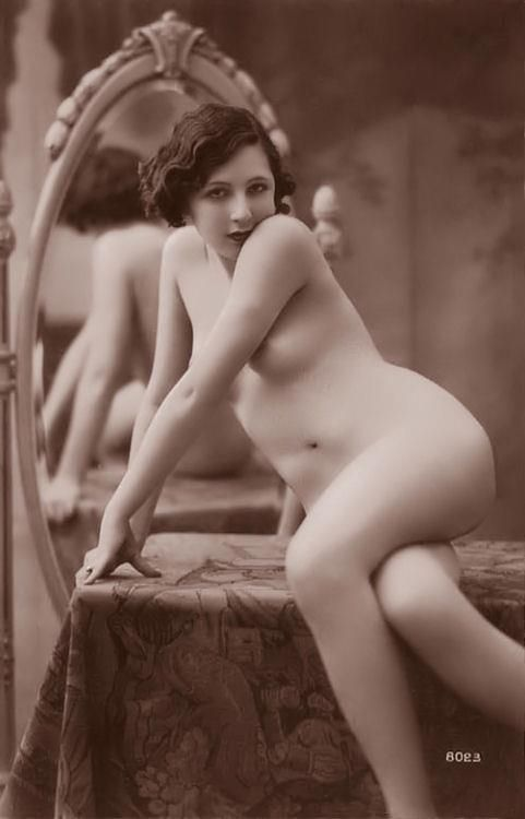 1910 French Porn - A pictorial history of the female nude form