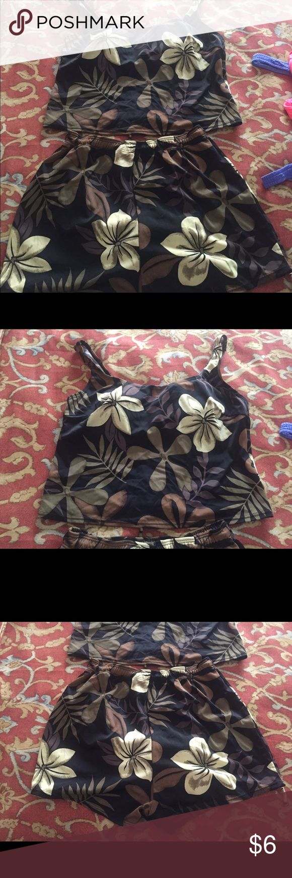 Used printed tankini set 2 piece, top and shorts, brown, black and beige, clean, no stains, no rips Blair Swim
