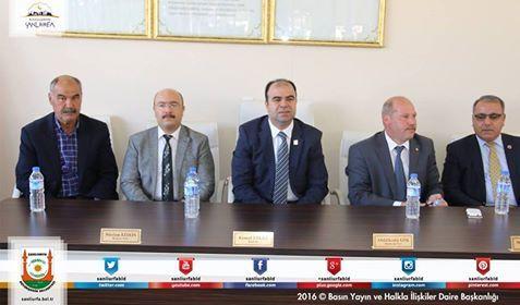 Büyükşehir Belediye Başkanı Çiftçi;İmam Keskin Buğday Pazarı esnafı ile bir araya gelerek istişare toplantısı gerçekleştirdi.