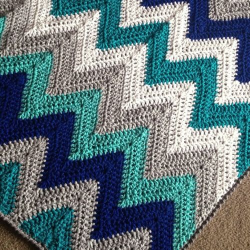 Chevron blanket- love the colors