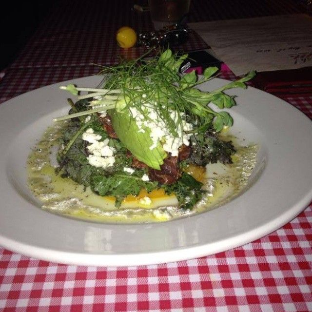 It's the start of salad season. Just pair with a glass of #Prosecco and you're set! #Fiamo #Italiankitchen #yyj