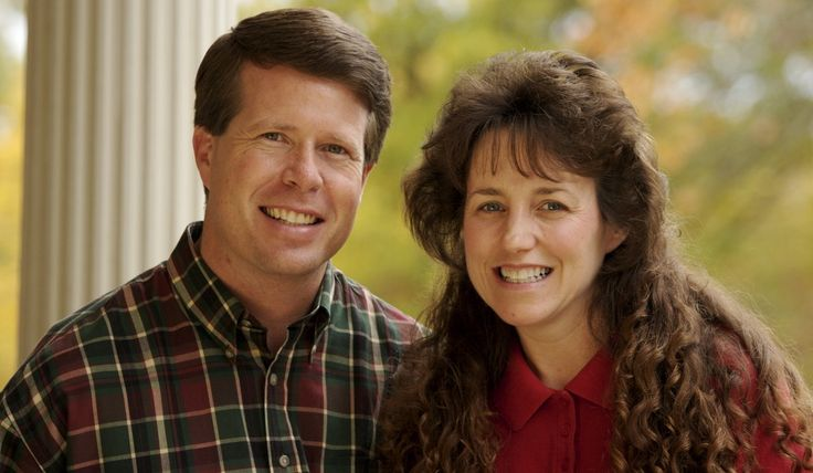 Bill Gothard: Duggar Family Minister Named In Sexual Abuse Lawsuit