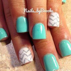 cute mint acrylic nails