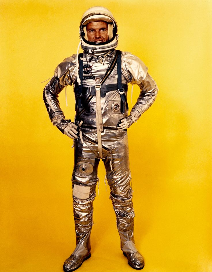 vintage astronaut in space suit | Astronauts | Pinterest ...