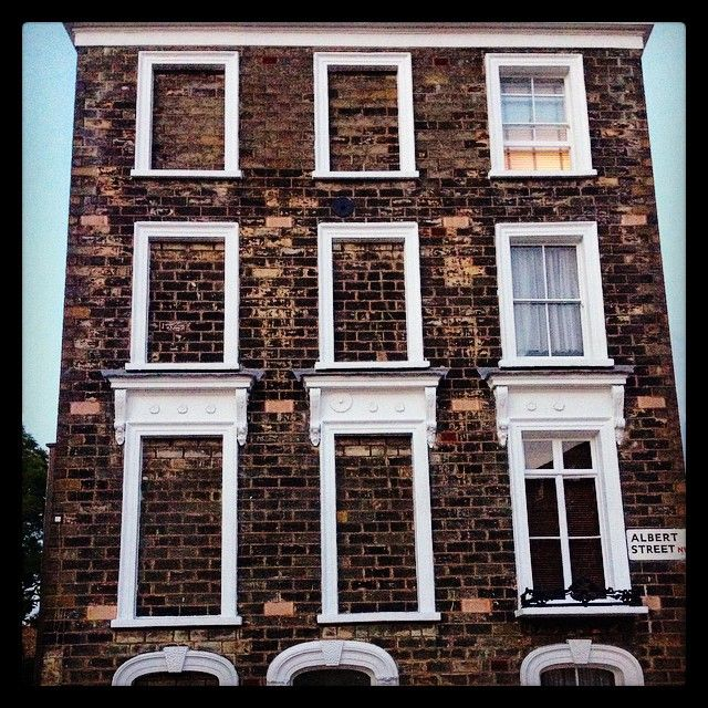Somebody in this #camden house didn't like windows! And no the house is crooked! Get the #Kooky #London #App http://bit.ly/11XgicP #ig_London #igLondon #London_only #UK #England #English #GreatBritain #British #iPhone #quirky #odd #weird #photoftheday #photography #picoftheday #igerslondon #londonpop #lovelondon #timeoutlondon #instalondon #londonslovinit #albertstreet  #architecture #Victorian #Padgram