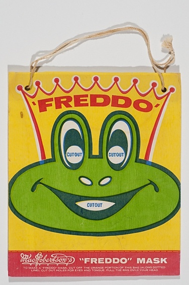 "A ""Freddo"" #Ekka #showbag from the 1940s, with a bag that can be reused as a Freddo mask. @Ekka"