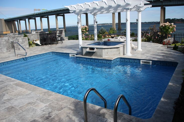 SILVER TRAVERTINE PAVERS FRENCH PATTERN TUMBLED AND POOL COOPING