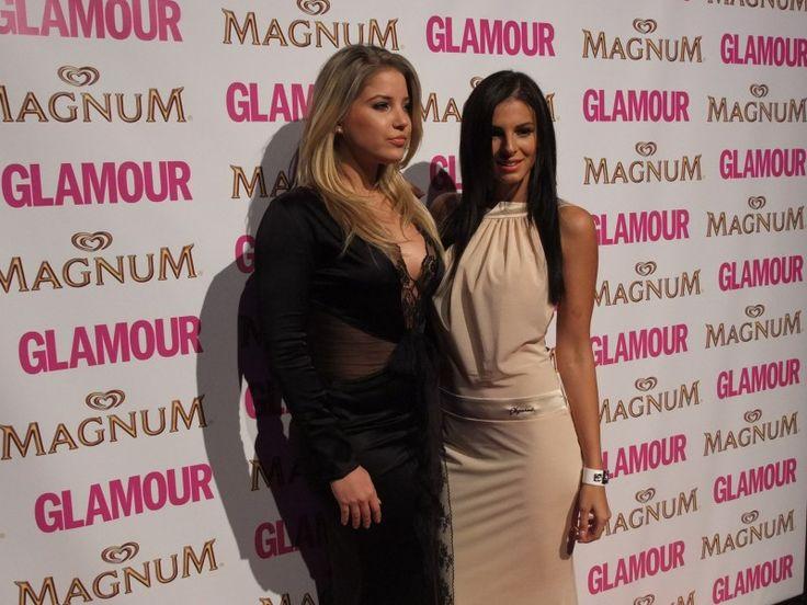 Szabó Zsófi és Sarka Kata (Glamour Women of the Year 2013) Fotó: Vásárhelyi Dávid - Hír7