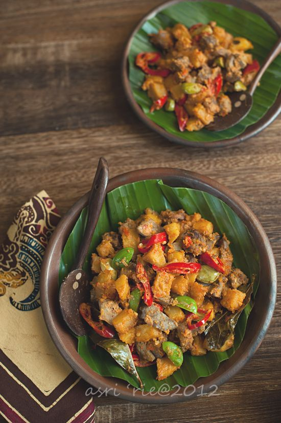 Indonesian Food. Sambal Goreng Ati Kentang. Spicy Fried Chicken Livers with Potatoes. (Recipe in Indonesian)