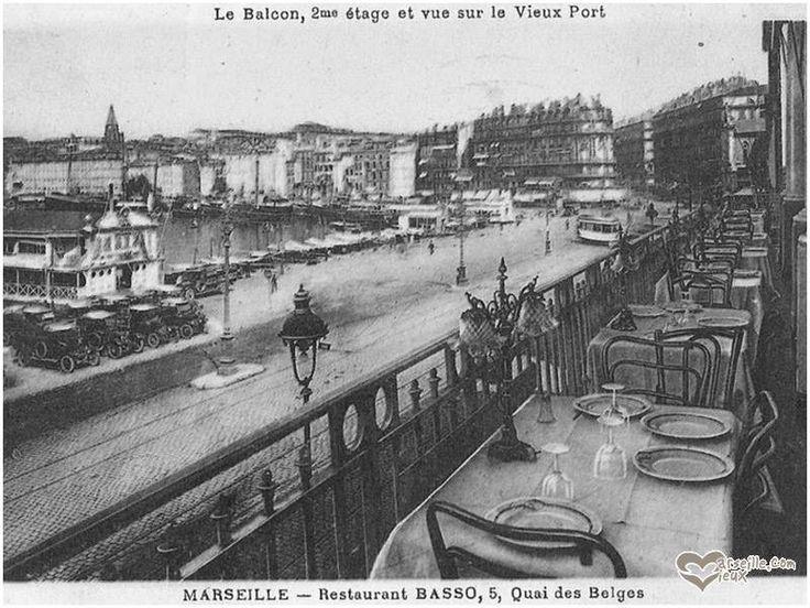 Marseille d'antan. Exceptionnel. Le quai des Belges vu de la terrasse du grand restaurant Basso. On s'y croirait...