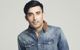 """When you're raised in a Christian family, there's always that integral moment when your faith eventually becomes your own. For California native Phil Wickham, that moment inevitably shaped his future as a worship leader when he was only 12 years old. His latest song, """"Glory,""""off his new album The Ascension (September 24, 2013) is a song all about the greatness and majesty of the God who is above and beyond all things. A God that deserves all glory, honor and praise. """"Glory"""" follows the…"""
