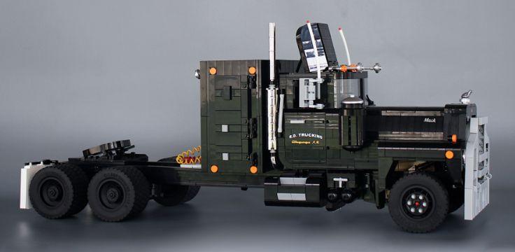 lego mack rl700l rubber duck convoy truck lego. Black Bedroom Furniture Sets. Home Design Ideas
