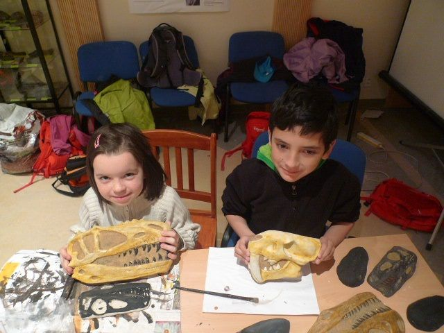TRILOPARK Dinosaur workshop for families      Time Allocation: 100 min. +  Admission:  basic 120 CZK. (Included in the cast of marine  invertebrates,                 giant trilobites and skulls Triassic Herrerasaurů)   Must be booked mails (or phone) at least 48 hours in advance on tel. 732 865 798 or email trilopark@gmail.com   Workshops take place: Friday: 15: 00-16: 45, 17: 00-18: 45 Saturday: 10: 00-11: 45, 13: 00-14: 45, 15: 00-16: 45