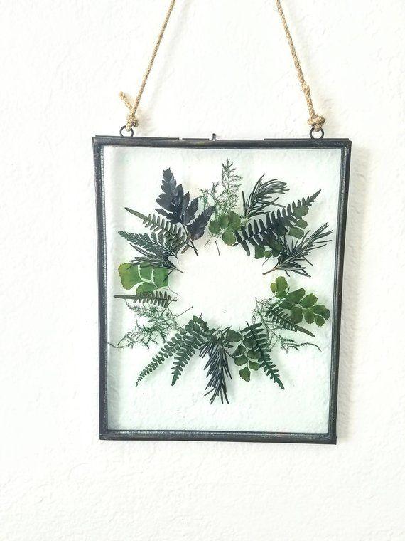 Gepresster botanischer Kranz Wandbehang